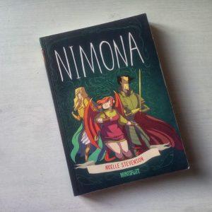 Die Graphic Novel Nimona von Noelle Stevenson